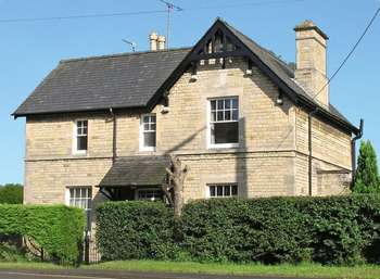 3 Bedrooms Detached House for sale in Main Road, Stamford