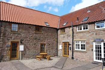 2 Bedrooms Terraced House for sale in Belford, Northumberland