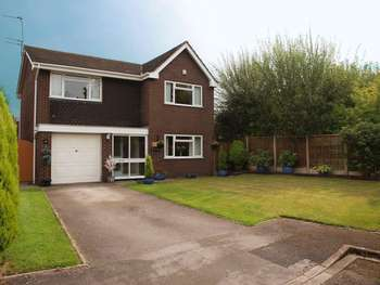 5 Bedrooms Detached House for sale in Long Acre, Weaverham, Northwich, CW8 3PT