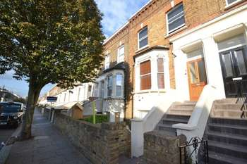 2 Bedrooms Flat for sale in Portnall Rd, Maida Hill, London, W9