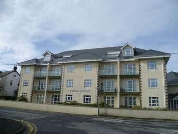 5 Bedrooms Flat for sale in Morfa Nefyn