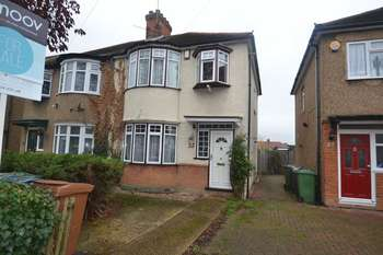 3 Bedrooms Semi Detached House for sale in Bishop Ken Road, Harrow Weald