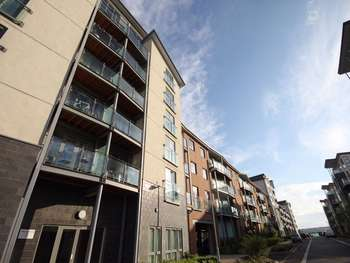 1 Bedroom Flat for sale in Worsdell Drive, GATESHEAD, Tyne and Wear