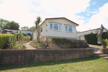 2 Bedrooms Detached House for sale in The Bay, Walton Bay, Clevedon