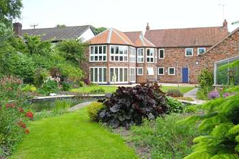 4 Bedrooms Detached House for sale in North Road, Lund