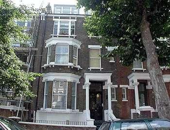 1 Bedroom Flat for sale in Elgin Avenue, London