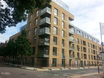 2 Bedrooms Apartment Flat for sale in Black Prince Road, Kennington, SE11 6JJ