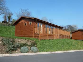 2 Bedrooms Property for sale in Bossiney Bay, Tintagel