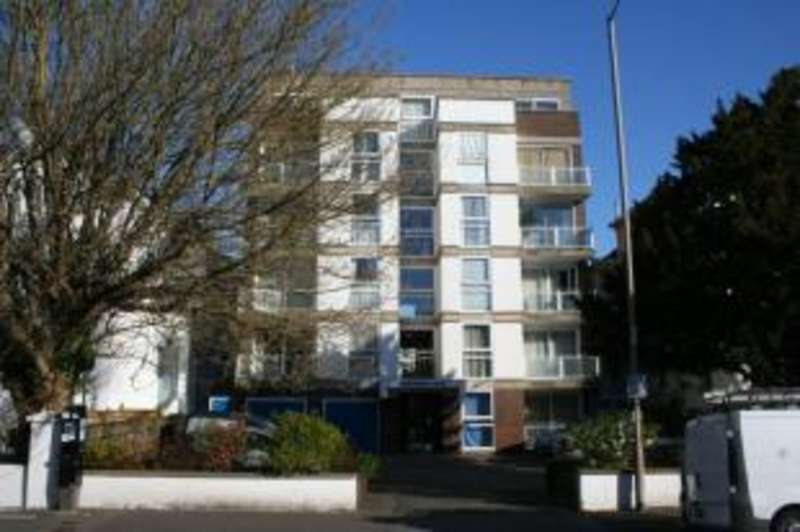 1 Bedroom Flat for sale in Windermere Court, 22 Trinity Trees, Eastbourne, East Sussex