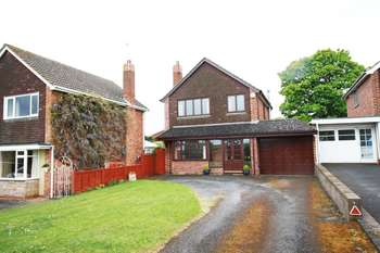 3 Bedrooms House for sale in Rosemount Gardens, Wolverhampton