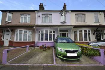 3 Bedrooms Terraced House for sale in Westbury Road, Southend-On-Sea