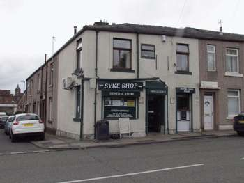 Property for sale in Dewhirst Road, Rochdale