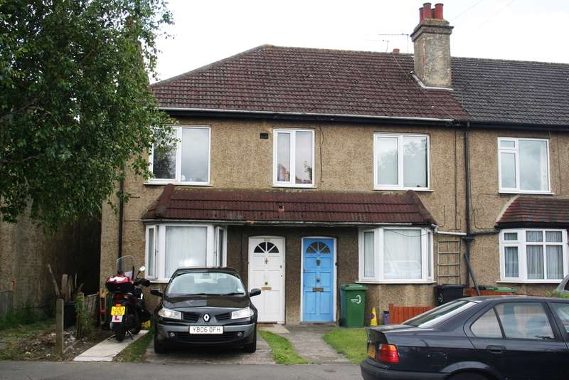 2 Bedrooms Maisonette Flat for sale in Lavender Avenue, Mitcham, CR4