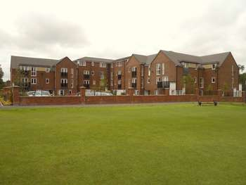 2 Bedrooms Flat for sale in Rockhaven Court, Chorley New Road, Bolton. REDUCED PRICE two bed second floor retirement apartment