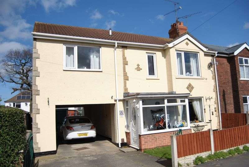 4 Bedrooms Detached House for sale in Donnington Gardens, Scunthorpe