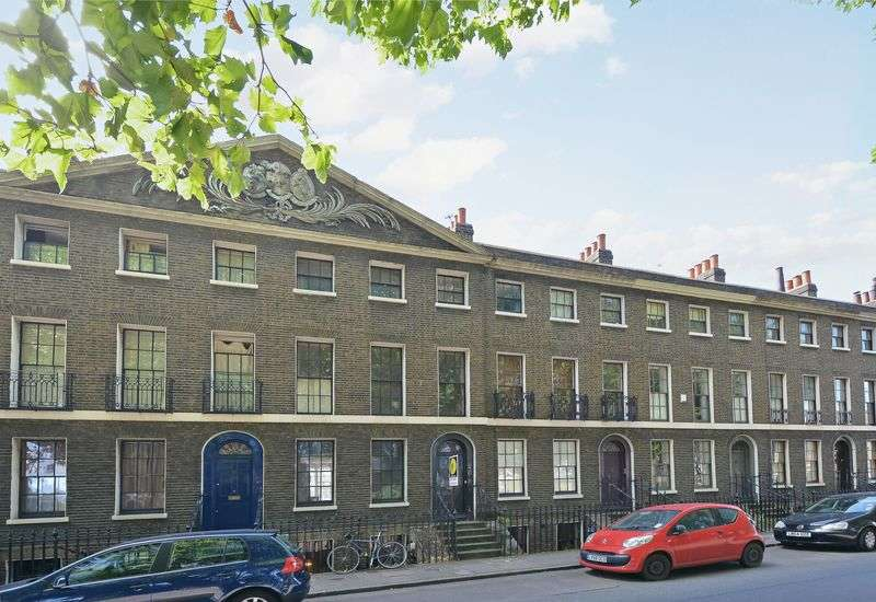 4 Bedrooms Terraced House for sale in Cassland Road, London