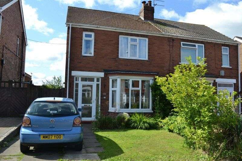 3 Bedrooms Semi Detached House for sale in Reginald Road, Scunthorpe