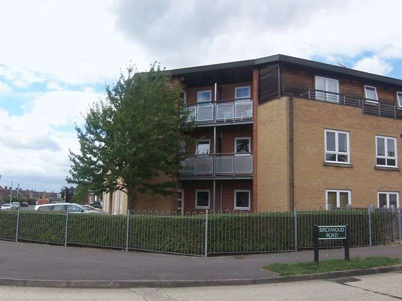 1 Bedroom Flat for sale in Birchwood Road, Newbury