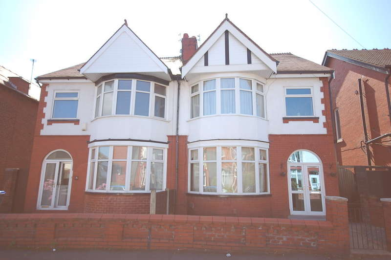 3 Bedrooms Semi Detached House for sale in Marlboro Road, Blackpool