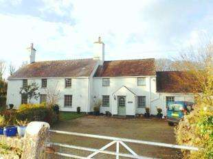8 Bedrooms Detached House for sale in Llanallgo, Moelfre, Anglesey, LL72