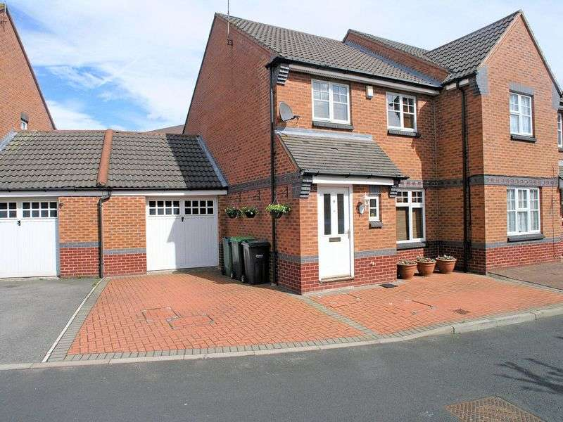 3 Bedrooms Semi Detached House for sale in Berry Drive, Smethwick