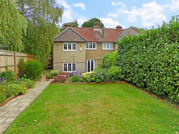 4 Bedrooms Semi Detached House for sale in Kings Road, CHALFONT ST GILES, Buckinghamshire