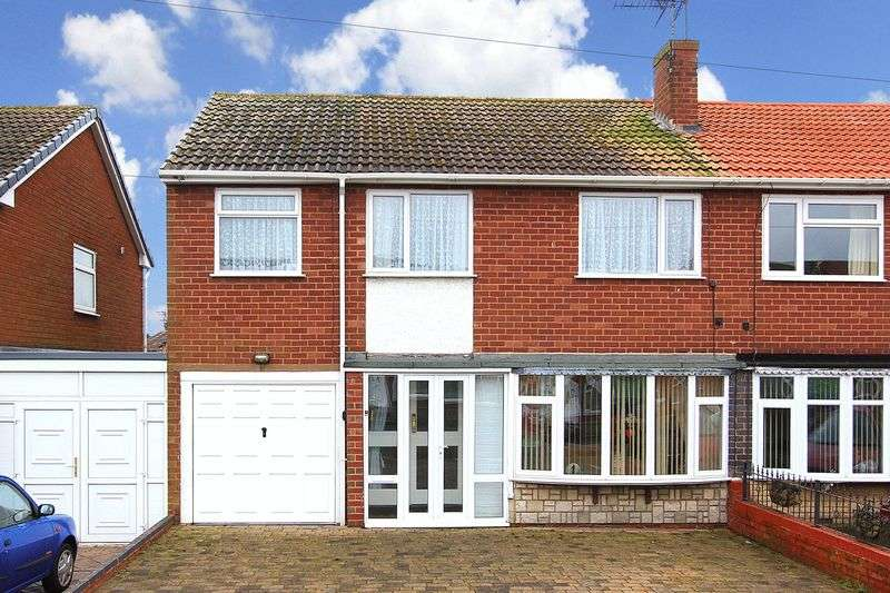 4 Bedrooms Semi Detached House for sale in BILBROOK, Lime Tree Gardens