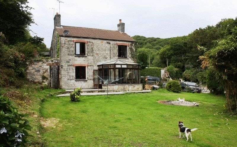 3 Bedrooms Property for sale in Cattery & kennels Lifestyle Business