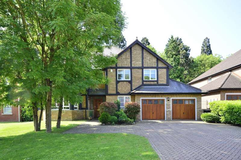 5 Bedrooms House for sale in Westlinton Close, Mill Hill East, NW7
