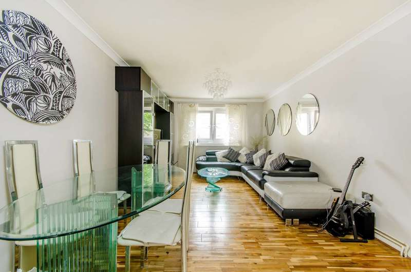 3 Bedrooms Flat for sale in Ampthill Square, Camden, NW1