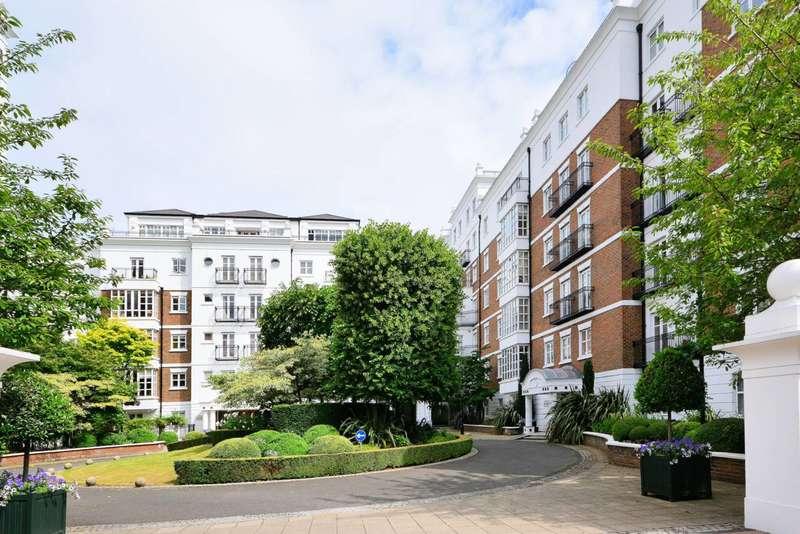 3 Bedrooms Flat for sale in Kensington Green, Kensington, W8