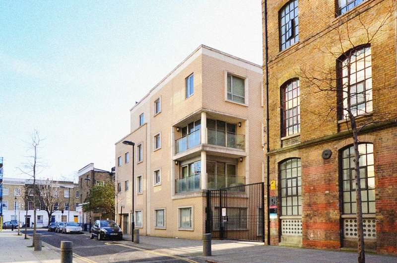 Parking Garage / Parking for sale in Railway Street, Islington, N1