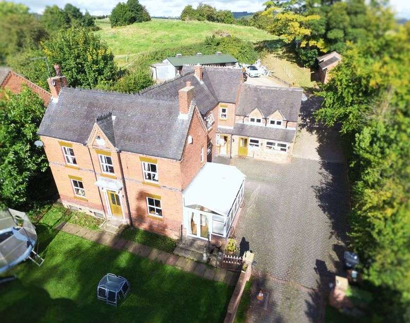 4 Bedrooms Detached House for sale in 4 BEDROOM HOUSE WITH 2 BEDROOM ANNEXE, Draycott Road, Tean, Stoke-On-Trent