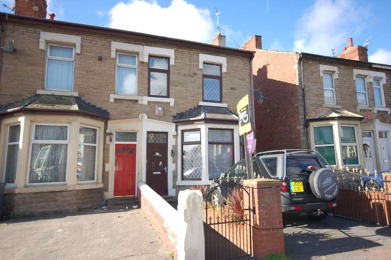 4 Bedrooms End Of Terrace House for sale in Devonshire Road, Blackpool