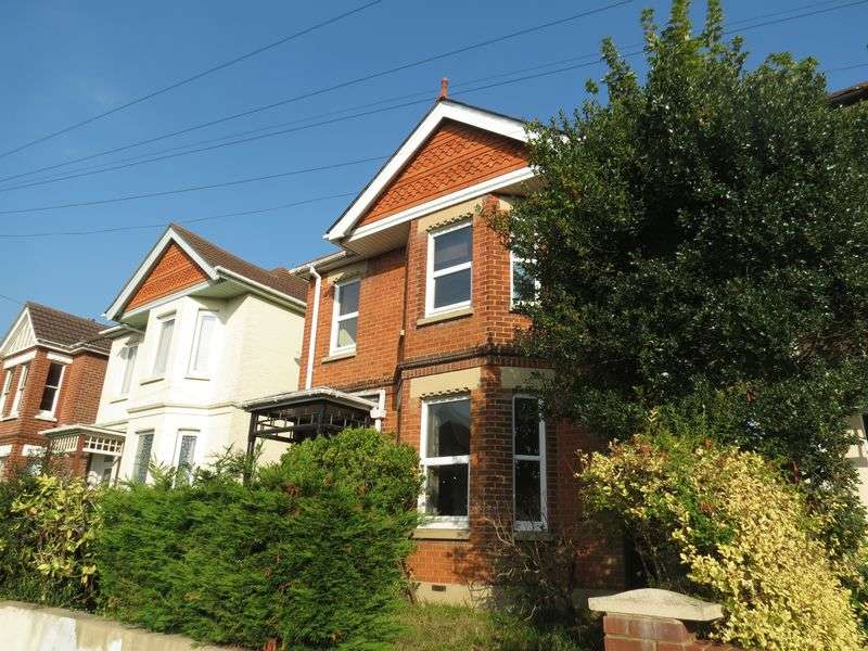 6 Bedrooms Detached House for rent in Frederica Road, Bournemouth