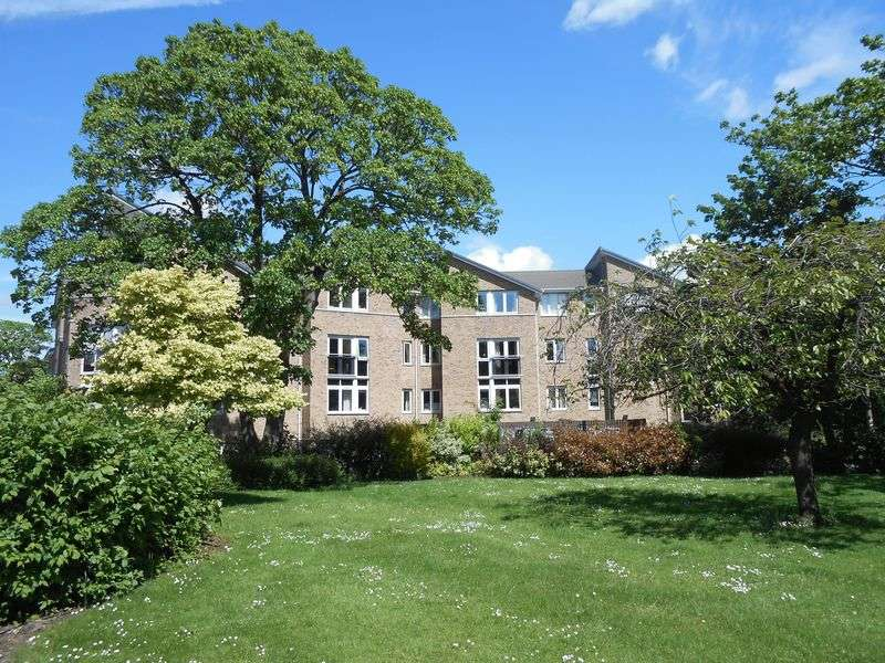 1 Bedroom Flat for sale in Speakman Court : Corner position & beautifully presented