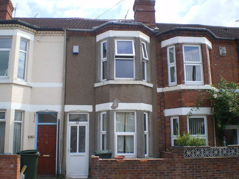 3 Bedrooms Terraced House for rent in Somerset Road, Radford, Coventry