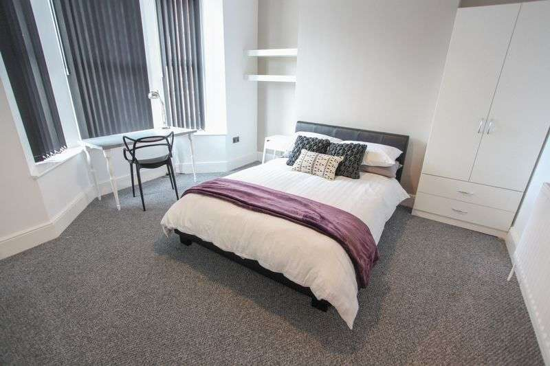 7 Bedrooms Property for rent in Sheil Road, Liverpool (2017-18 Academic Year)
