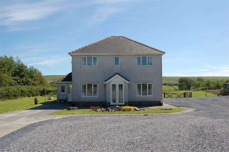 4 Bedrooms Detached House for sale in Eastern Farm, Old Walls, Llanrhidian, Gower