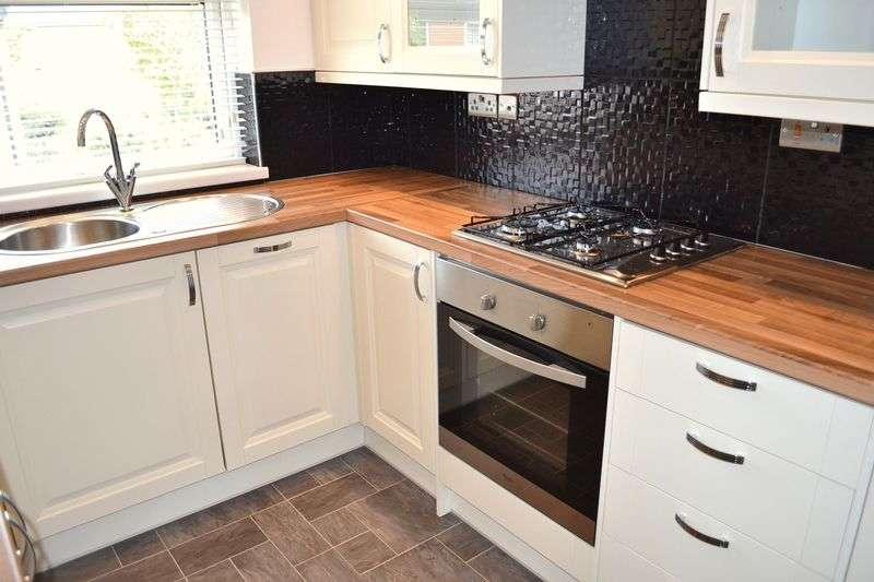 2 Bedrooms Flat for sale in Langtree, Skelmersdale
