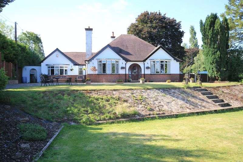 4 Bedrooms Detached Bungalow for sale in Tilstock Lane, Prees Heath, Whitchurch