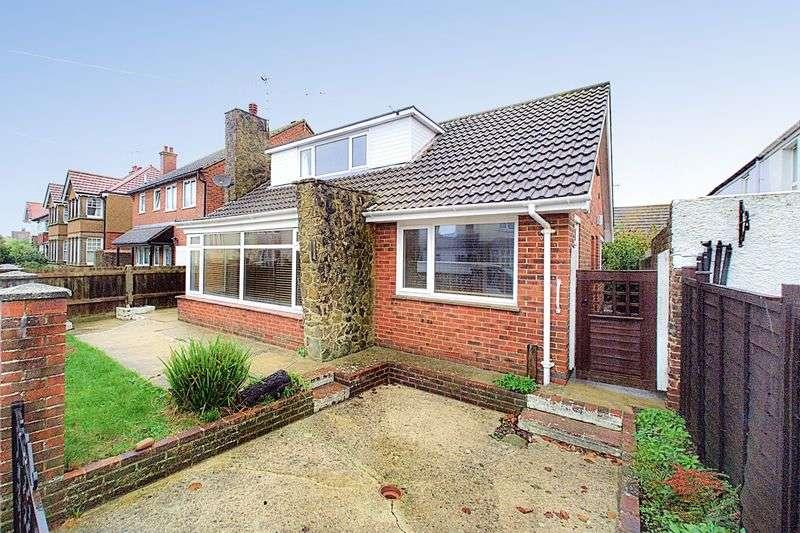 4 Bedrooms Detached House for sale in Shelley Road, Bognor Regis, PO21