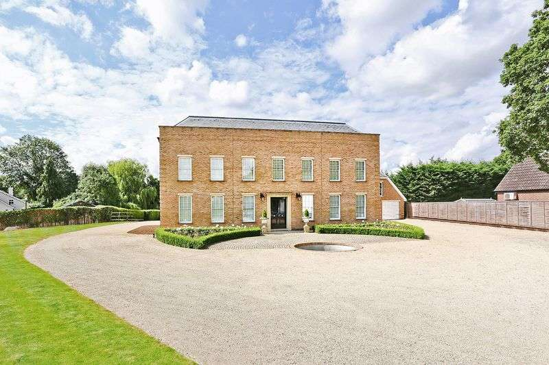 6 Bedrooms Detached House for sale in Goffs Oak, Hertfordshire