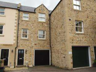 3 Bedrooms Town House for sale in St. Annes Drive, Wolsingham, Bishop Auckland, Durham, DL13