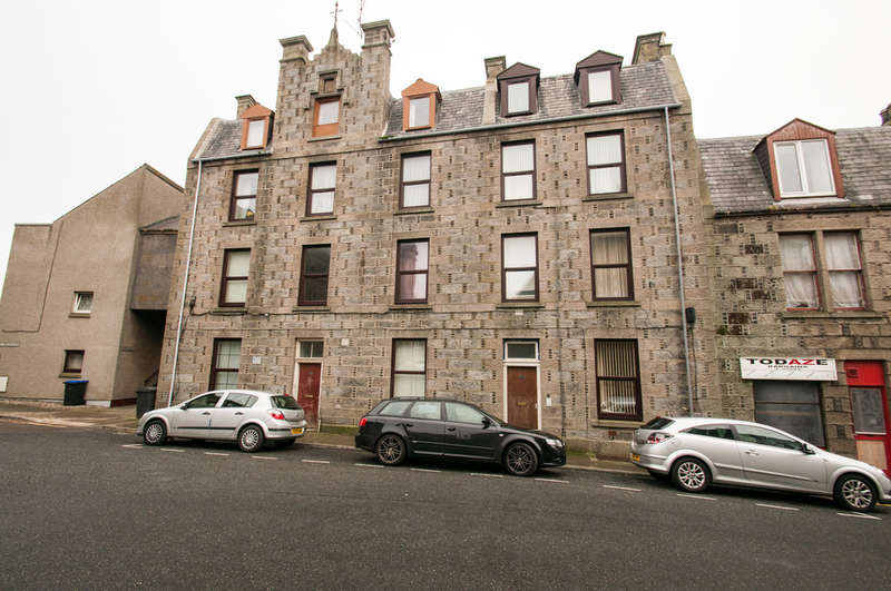 11 Bedrooms Flat for sale in 15 & 17 Kirk Brae