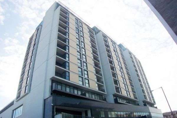 2 Bedrooms Flat for sale in Kingsway, NORTH FINCHLEY, London, N12 0EQ