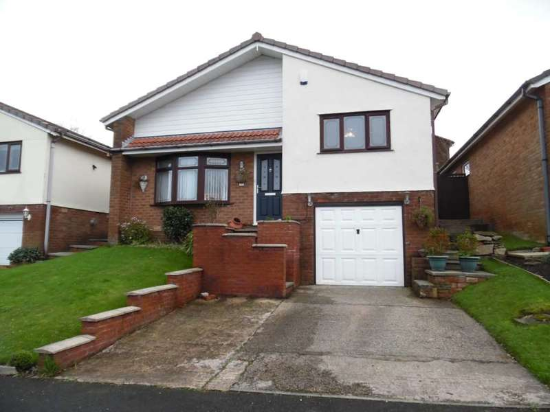 3 Bedrooms Detached Bungalow for sale in Hillside Avenue, Shaw