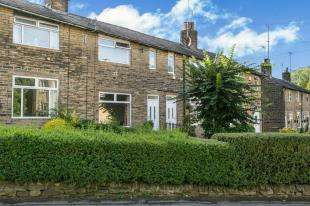 3 Bedrooms Terraced House for sale in Hebble Gardens, Halifax, West Yorkshire