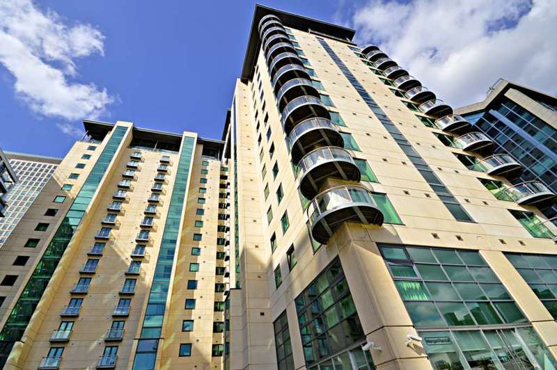 2 Bedrooms Apartment Flat for sale in Discovery Dock Apartment, Canary Wharf
