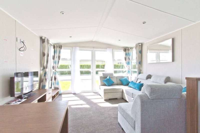 2 Bedrooms Mobile Home for sale in Wirral, Merseyside